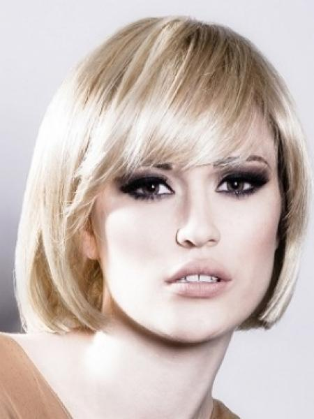 Short Hairstyles Oval Faces Beautiful