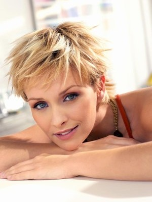 Hairstyles For Fine Short Hair