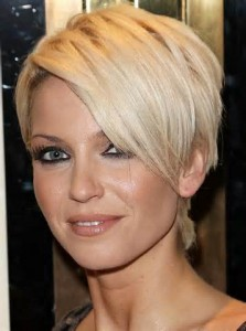 Short Hairstyles For Girls With Round Faces