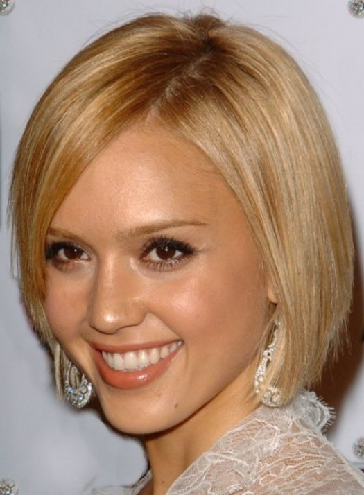 Best Hairstyles For Oval Faces And Fine Hair - The Latest Trend of ...