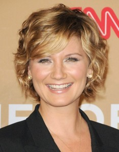 Short Wavy Hairstyles For Older Women