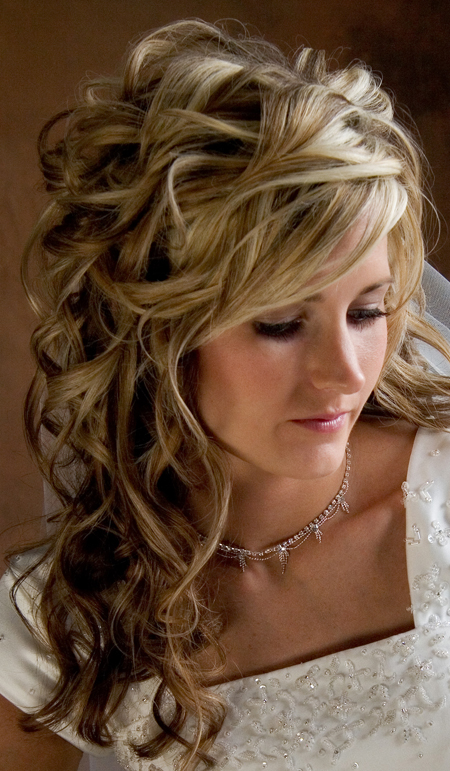 wedding hairstyles for long hair beautiful hairstyles. Black Bedroom Furniture Sets. Home Design Ideas