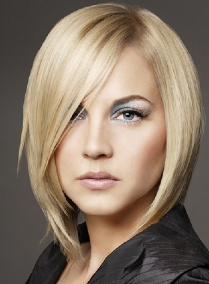 Layered Angled Bob Hairstyles | Trendy Hairstyles