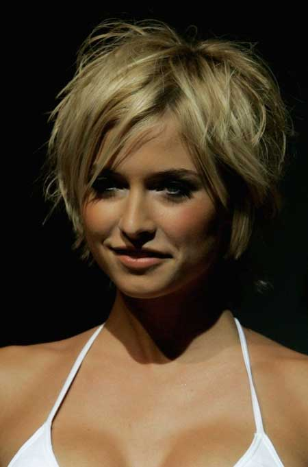 messy bob hairstyles beautiful hairstyles. Black Bedroom Furniture Sets. Home Design Ideas