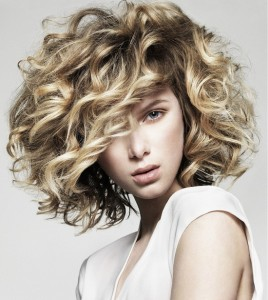Hairstyles For Frizzy Curly Hair